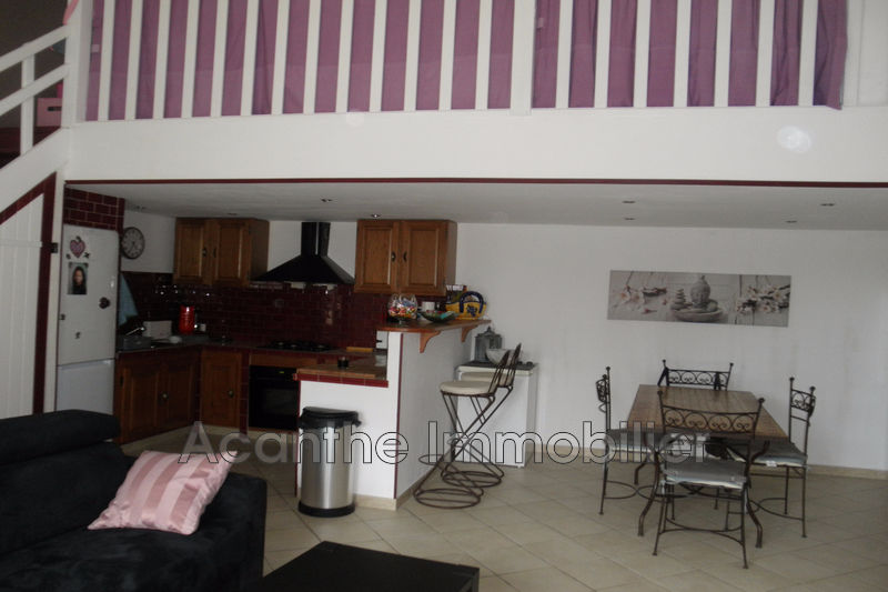 Photo n°2 - Vente appartement Saint-Rémy-de-Provence 13210 - 169 000 €