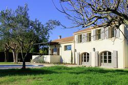 Location saisonnière villa Saint-Etienne-du-Grès
