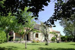 Photos  Maison Villa à vendre Saint-Etienne-du-Grès 13103