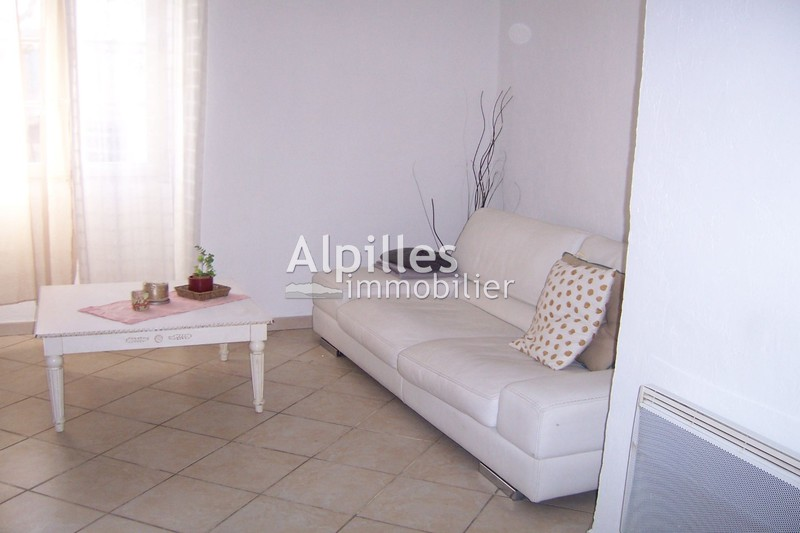 Photo Appartement Mouriès  Location appartement  2 chambres   78 m²