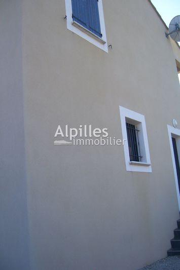 Villa Mouriès  Location villa  3 chambres   90m²