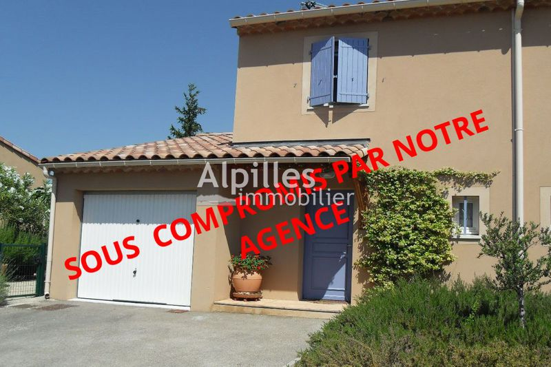 Photo Villa Mouriès   to buy villa  2 bedroom   65 m²