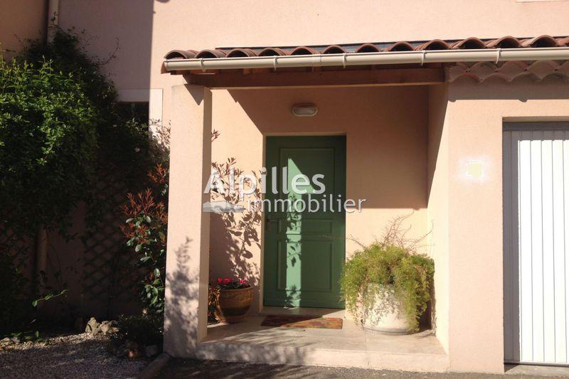 Photo Villa Mouriès   achat villa  3 chambres   85m²