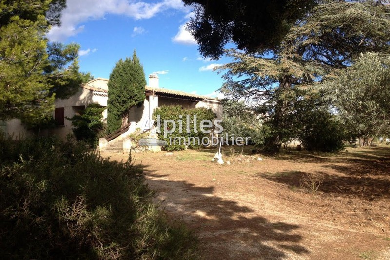 Photo Villa Mouriès   to buy villa  4 bedroom   150 m²