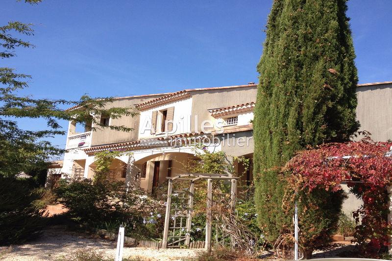 Photo Villa provençale Mouriès Centre-ville,   achat villa provençale  4 chambres   140m²