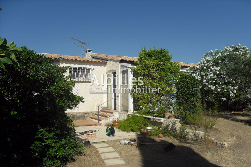 Photo Villa Mouriès   to buy villa  3 bedroom   96 m²
