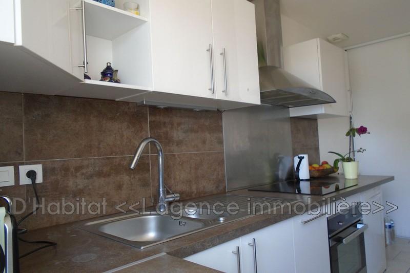 Photo Maison récente Cuers Proche village,   to buy maison récente  3 bedrooms   104m²