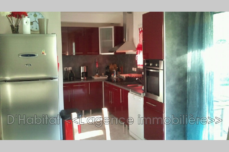 Photo n°2 - Vente appartement Solliès-Toucas 83210 - 249 000 €