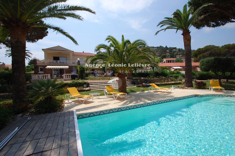 Photo Villa Les Issambres   to buy villa  12 bedrooms   400 m²