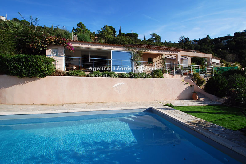 Photo Villa Les Issambres   to buy villa  3 bedrooms   135 m²
