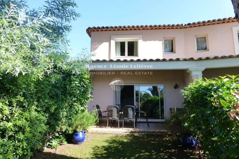 Photo Villa Les Issambres   to buy villa  3 bedrooms   93 m²