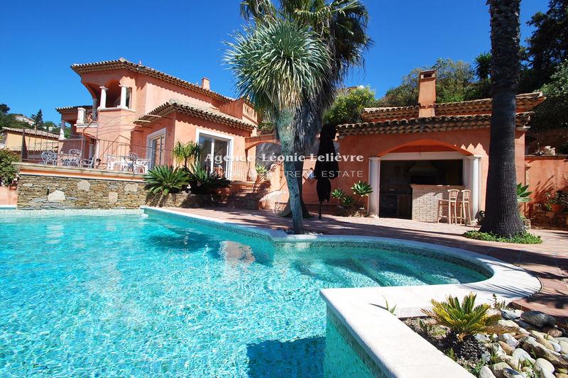 Photo Villa Sainte-Maxime   to buy villa  3 bedrooms   205m²