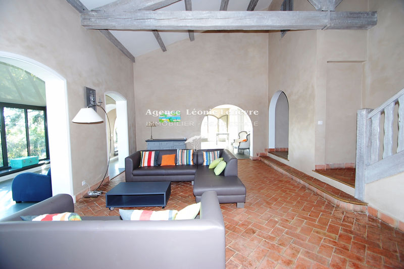 Photo Villa Les Issambres   to buy villa  5 bedrooms   320 m²