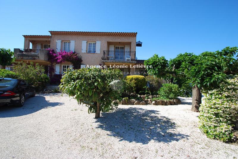 Photo Villa Les Issambres   achat villa  8 pièces   200m²