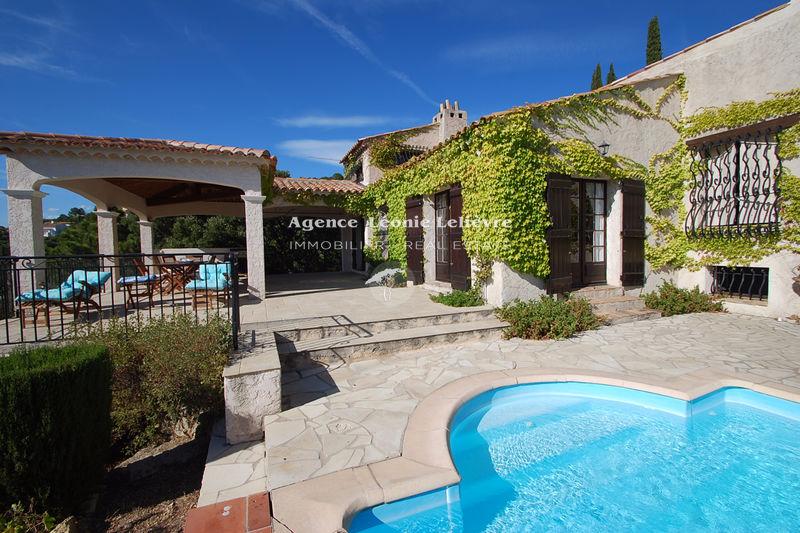 Photo Villa Les Issambres   achat villa  4 chambres   95m²