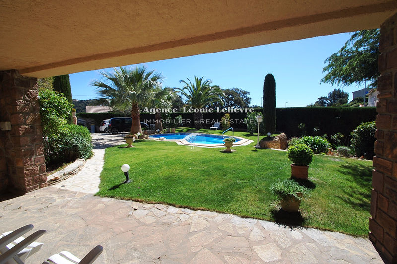Photo Villa Les Issambres   to buy villa  4 bedrooms   220 m²