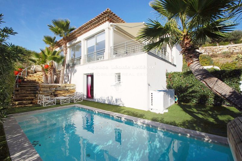 Photo Villa Sainte-Maxime   to buy villa  5 bedrooms   206 m²
