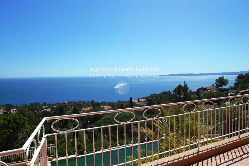 Photo Villa Les Issambres   achat villa  5 chambres   225m²