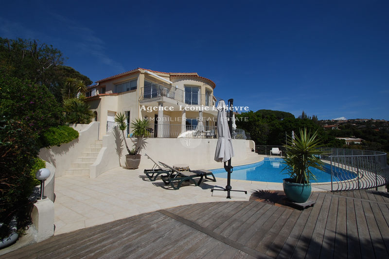 Photo Villa Les Issambres   to buy villa  3 bedrooms   175 m²