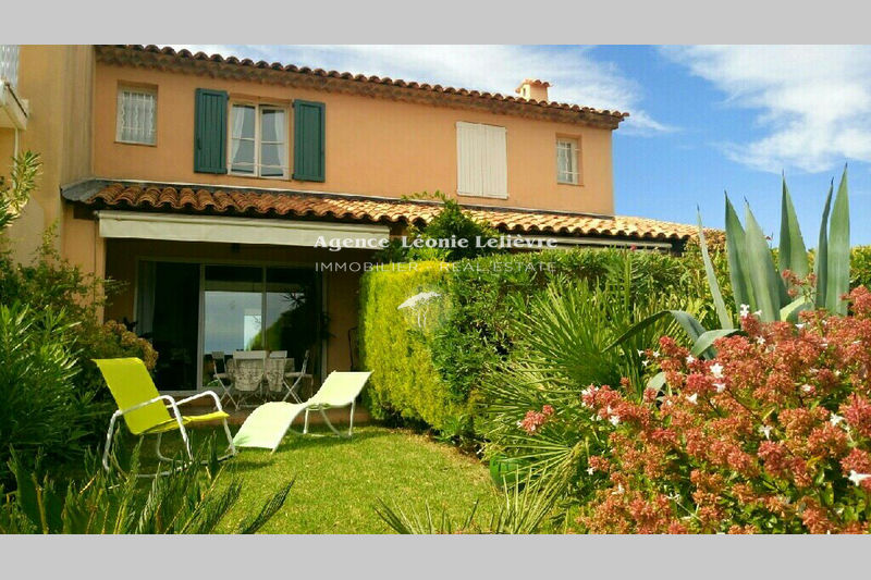 Photo Villa Les Issambres   to buy villa  2 bedrooms   50 m²