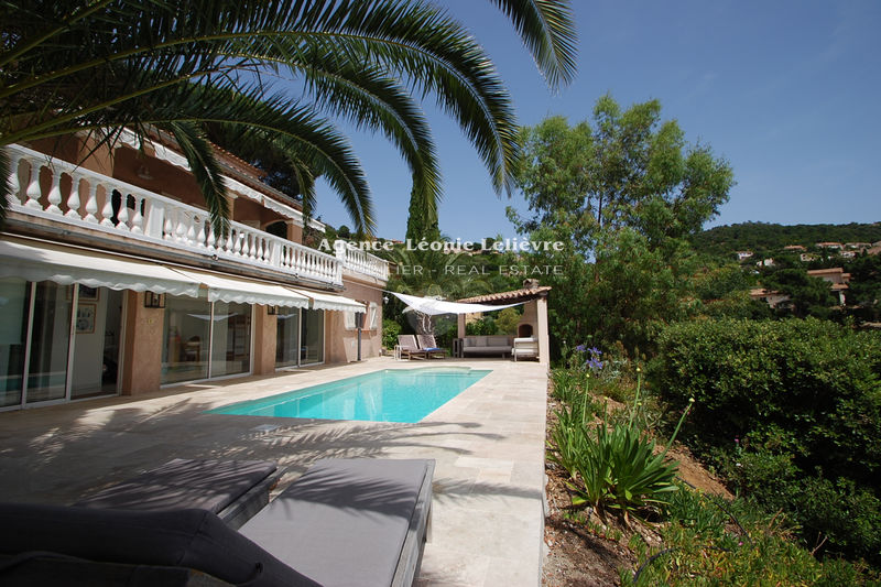 Photo Villa Les Issambres   to buy villa  4 bedrooms   108 m²