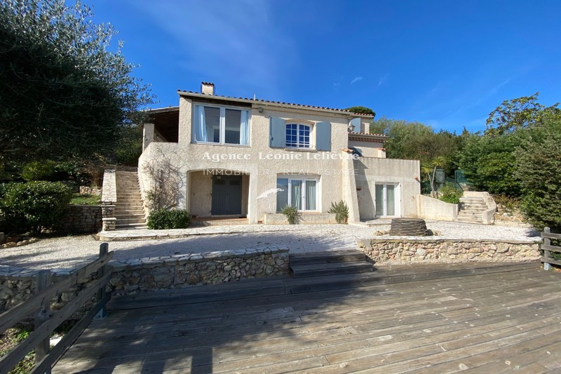 Photo House Les Issambres   to buy house  4 bedrooms   165 m²