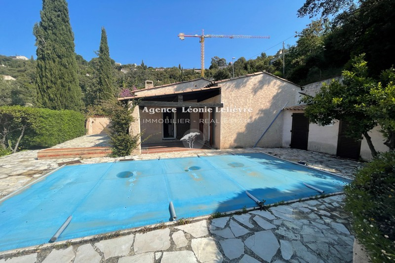 Photo House Les Issambres   to buy house  4 bedrooms   133 m²