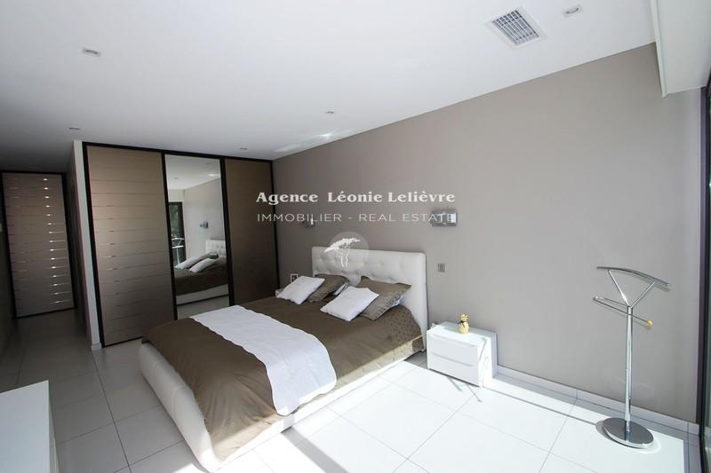 Photo n°6 - Vente Maison villa Sainte-Maxime 83120 - 1 990 000 €