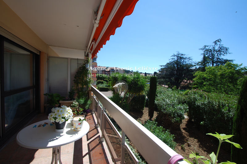 Photo Appartement Sainte-Maxime Centre-ville,   achat appartement  3 pièces   73 m²