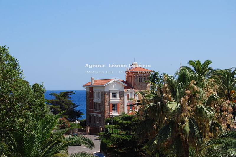 Photo Apartment Saint-Aygulf Proche plages,   to buy apartment  4 rooms   113 m²