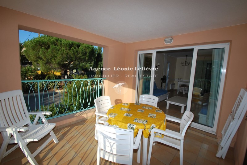 Photo Apartment Les Issambres Proche plages,   to buy apartment  2 rooms   36m²