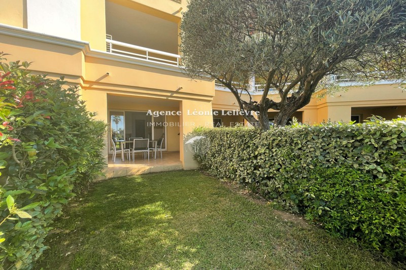 Photo Apartment Les Issambres   to buy apartment  2 rooms   29m²