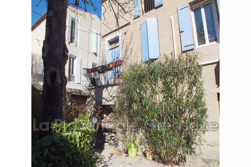 appartement  6 rooms  Fuveau   175 m² -