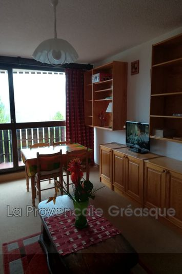 Photo n°1 - Vente appartement Enchastrayes 04400 - 77 000 €