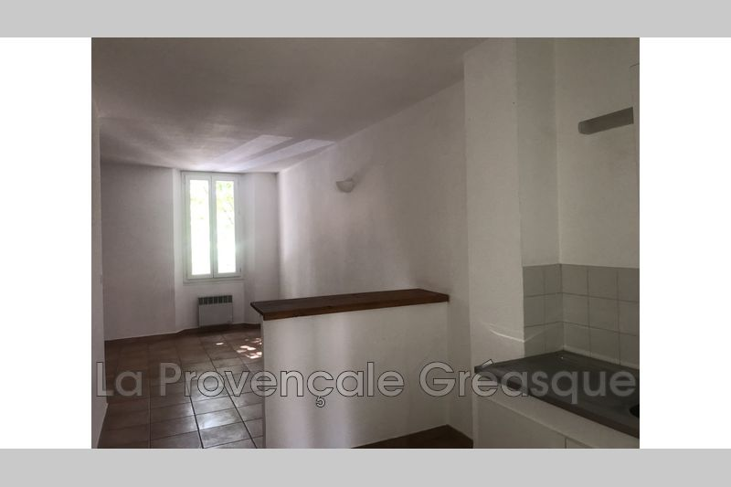 appartement  2 rooms  Fuveau   45 m² -