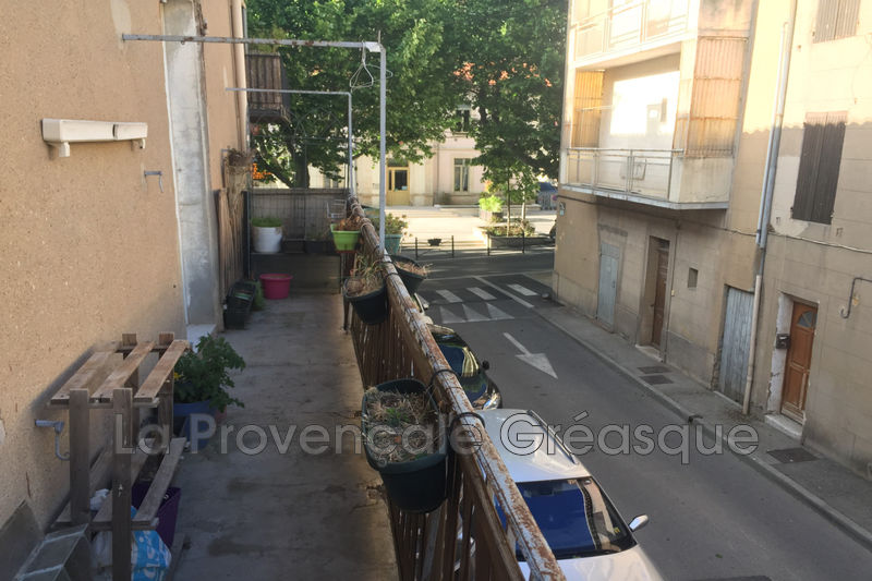 appartement  3 rooms  Fuveau   68 m² -