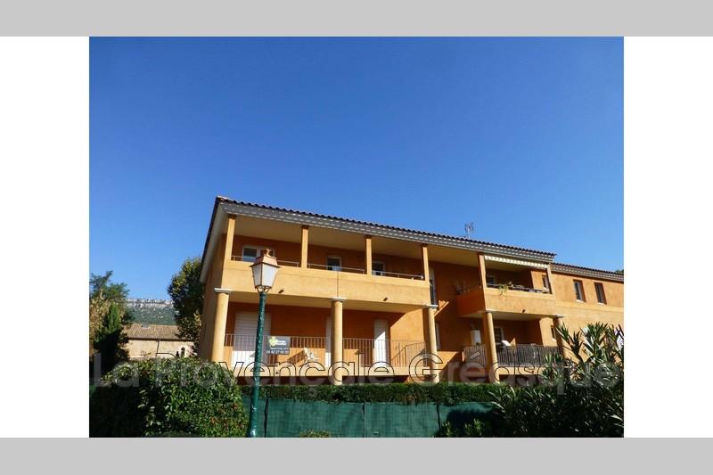 appartement  2 pièces  Châteauneuf-le-Rouge   65m² -