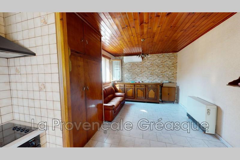appartement  3 pièces  Saint-Savournin   46m² -