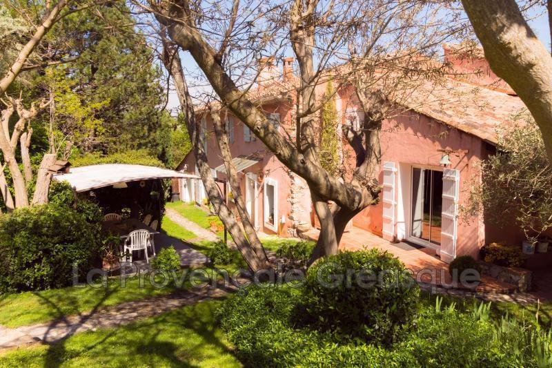 Photo Villa Fuveau   achat villa  4 chambres   230m²