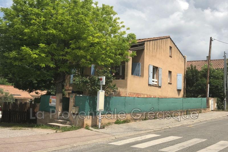 maison  5 rooms  Fuveau Village  140m² -