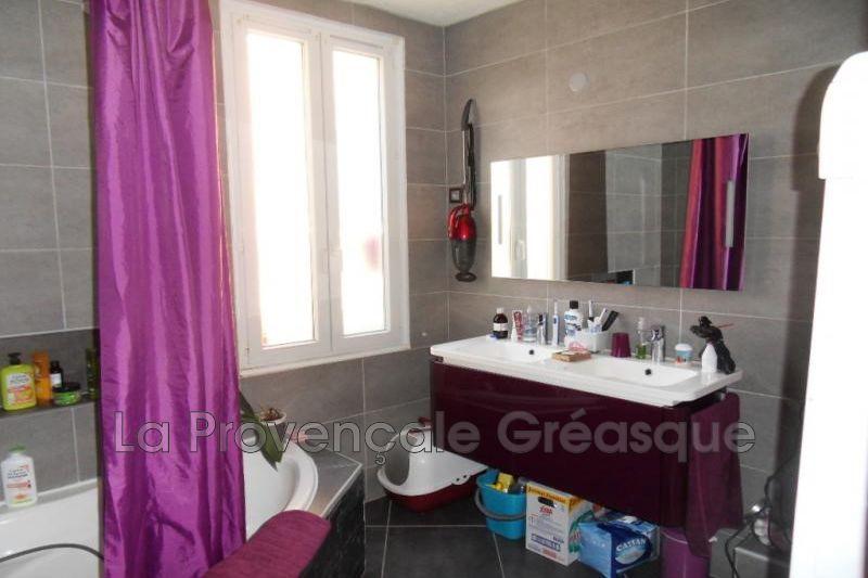maison  5 pièces  Saint-Savournin   70m² -