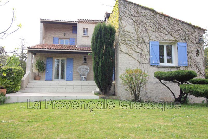 maison  4 pièces  Saint-Savournin   117m² -