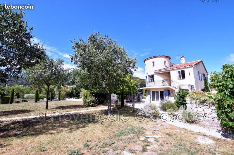 maison  10 rooms  Saint-Savournin   250m² -