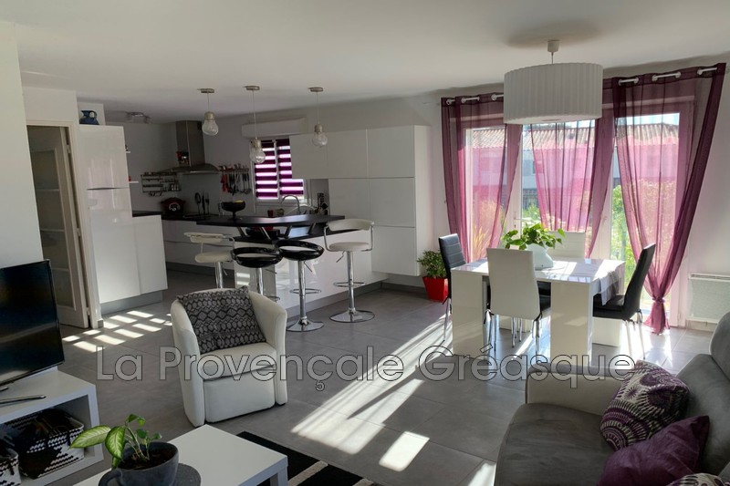 maison  4 rooms  Fuveau   95 m² -