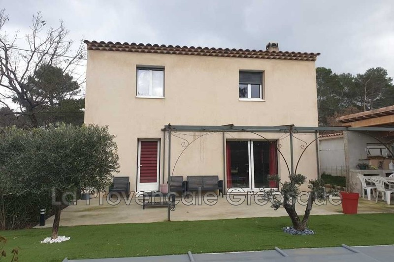maison  4 rooms  Fuveau Village  80 m² -