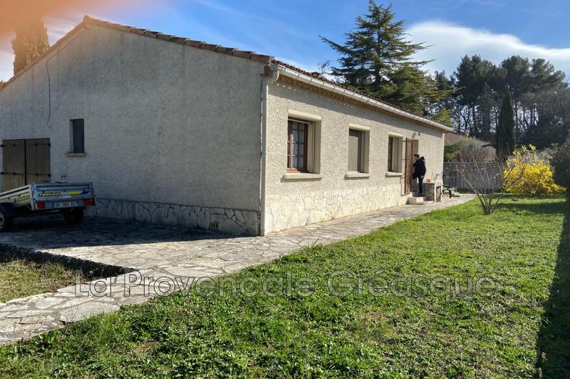 maison  4 rooms  Trets   100m² -