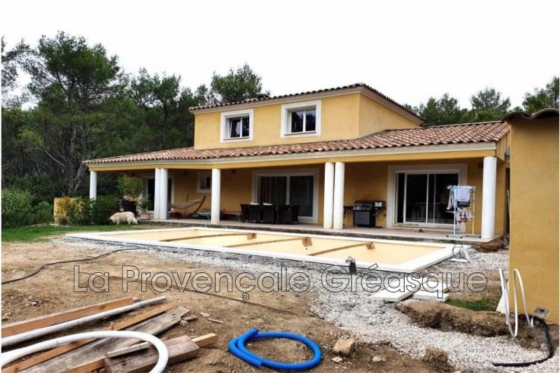 maison  4 pièces  Peynier   140m² -