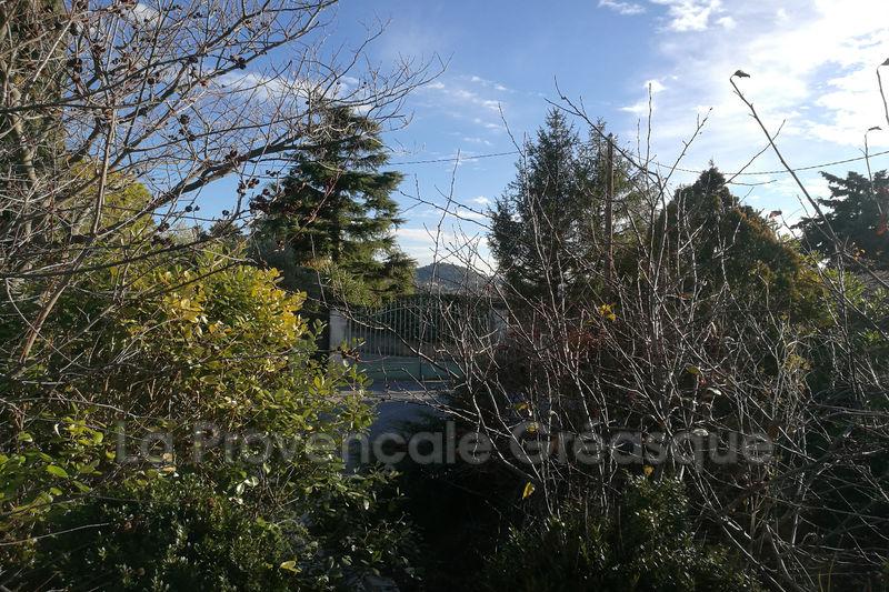 Photo Terrain Plan-de-Cuques Village,   achat terrain   336m²