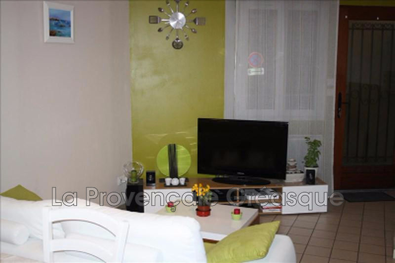 appartement  2 rooms  Fuveau Downtown  33 m² -