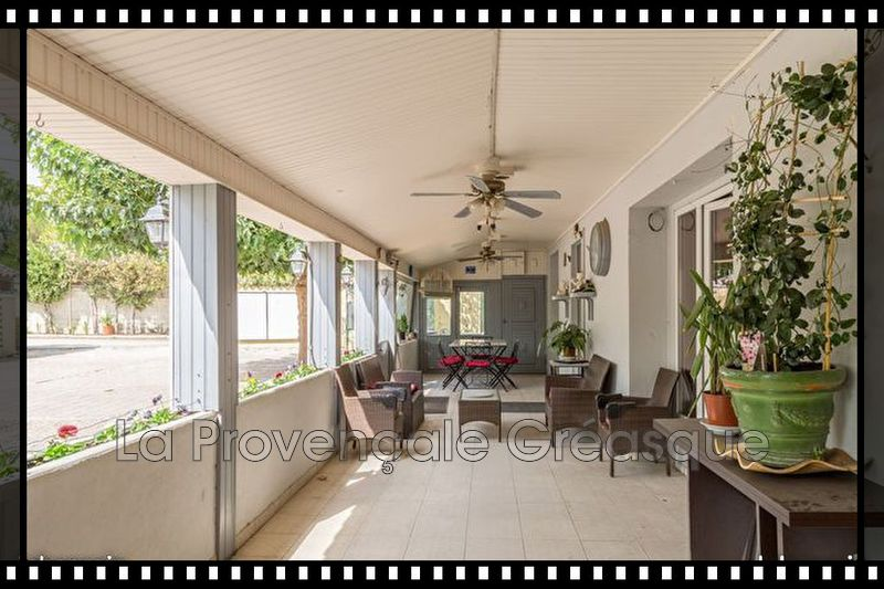 appartement  4 pièces  Fuveau   118m² -
